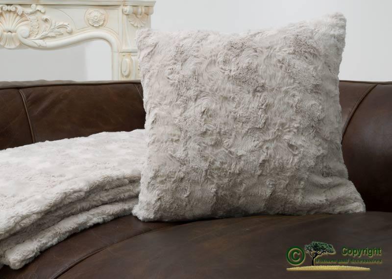 fellkissen webpelzkissen teddy creme kit 40x40cm ebay. Black Bedroom Furniture Sets. Home Design Ideas