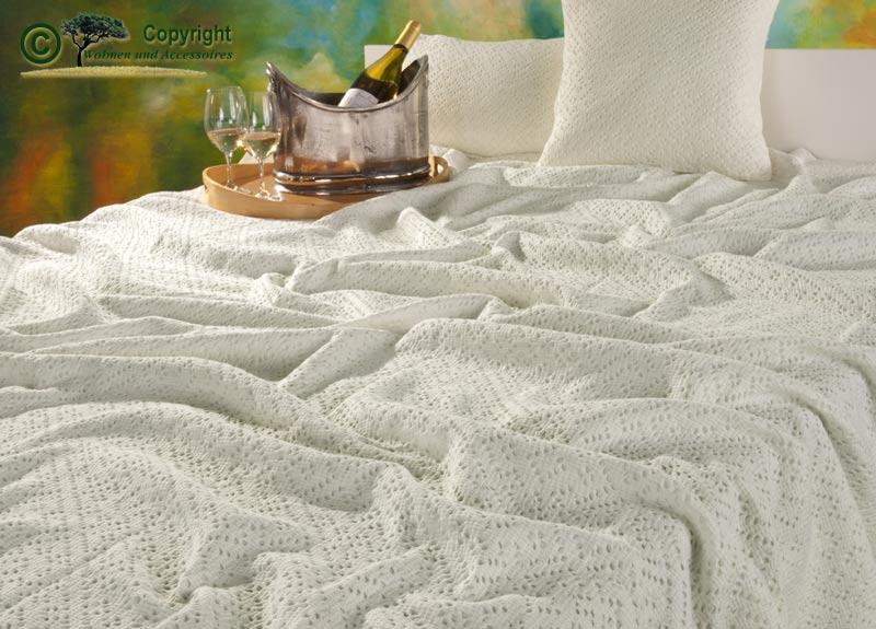 franz sische tagesdecke bett berwurf adele elfenbein 240x260 ebay. Black Bedroom Furniture Sets. Home Design Ideas